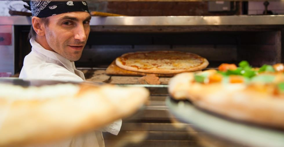 What You Need to Know Before Buying a Pizza Franchise