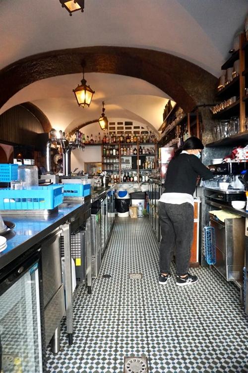 successful historical restaurant lisbon - 10
