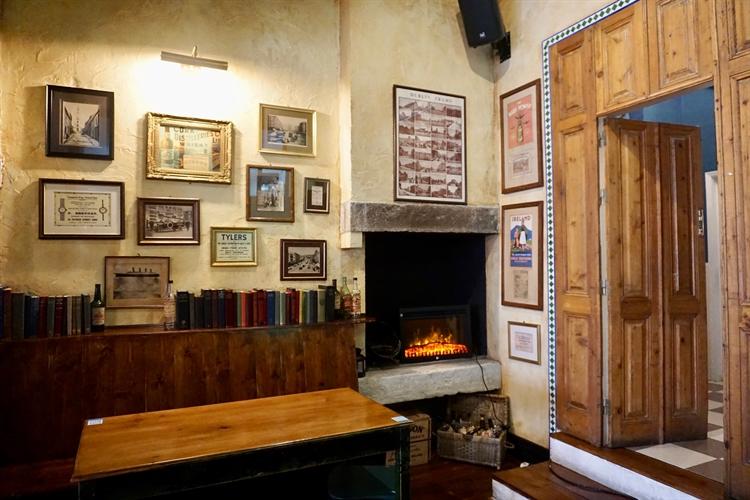 successful irish pub almada - 13