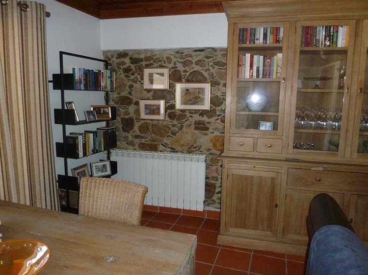 stylishly restored 3-bed house - 7