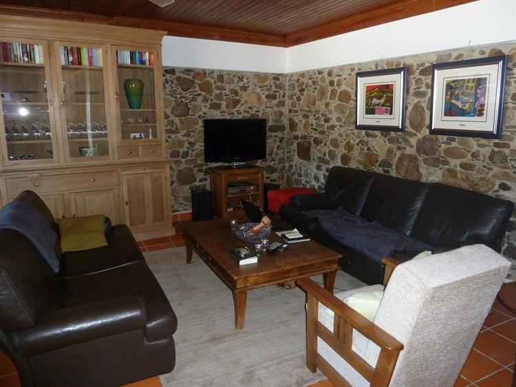 stylishly restored 3-bed house - 6